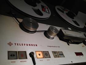 tele1-210